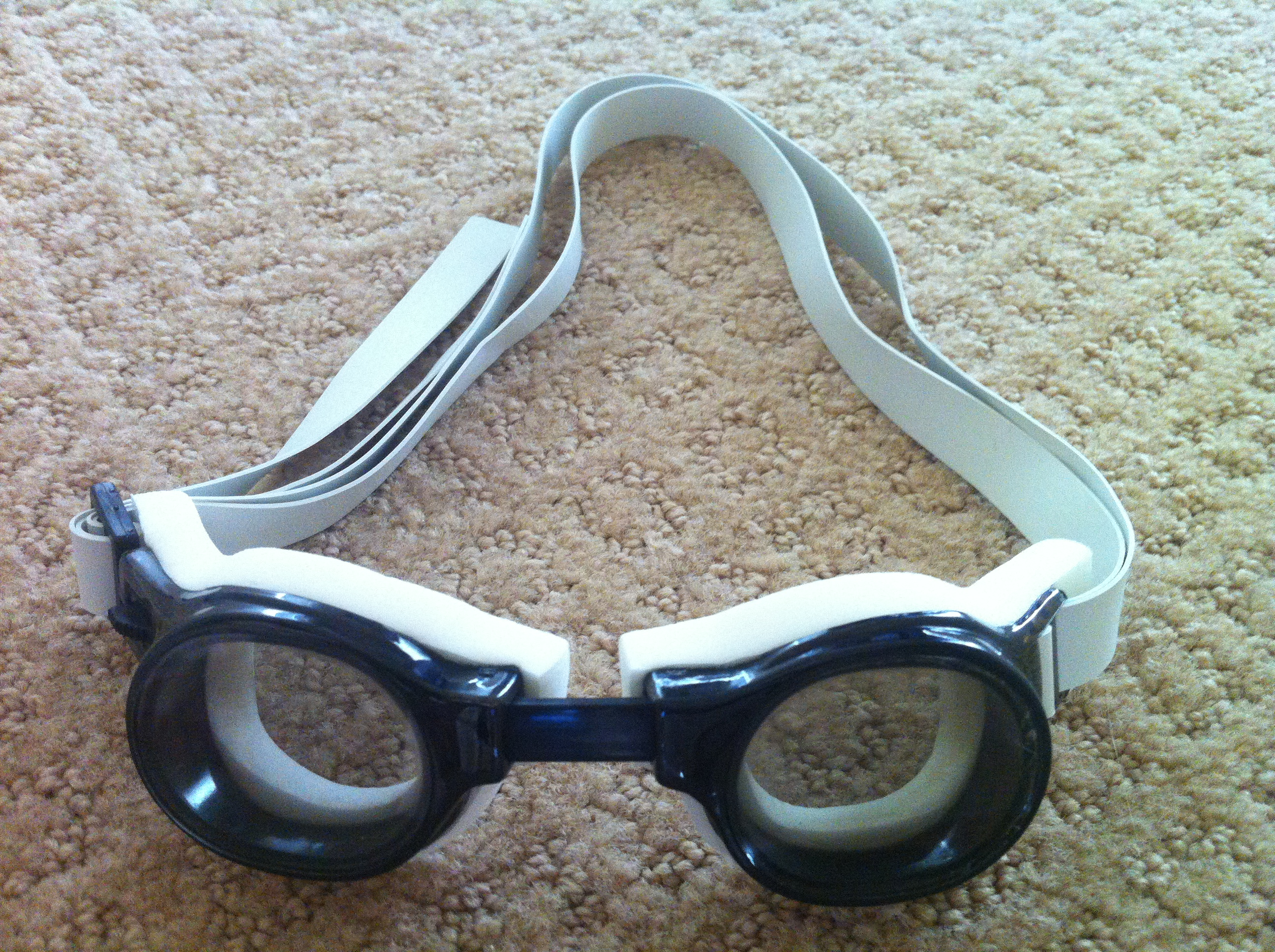 Barracuda goggles, Barracuda Medalist review, goggle review, swim