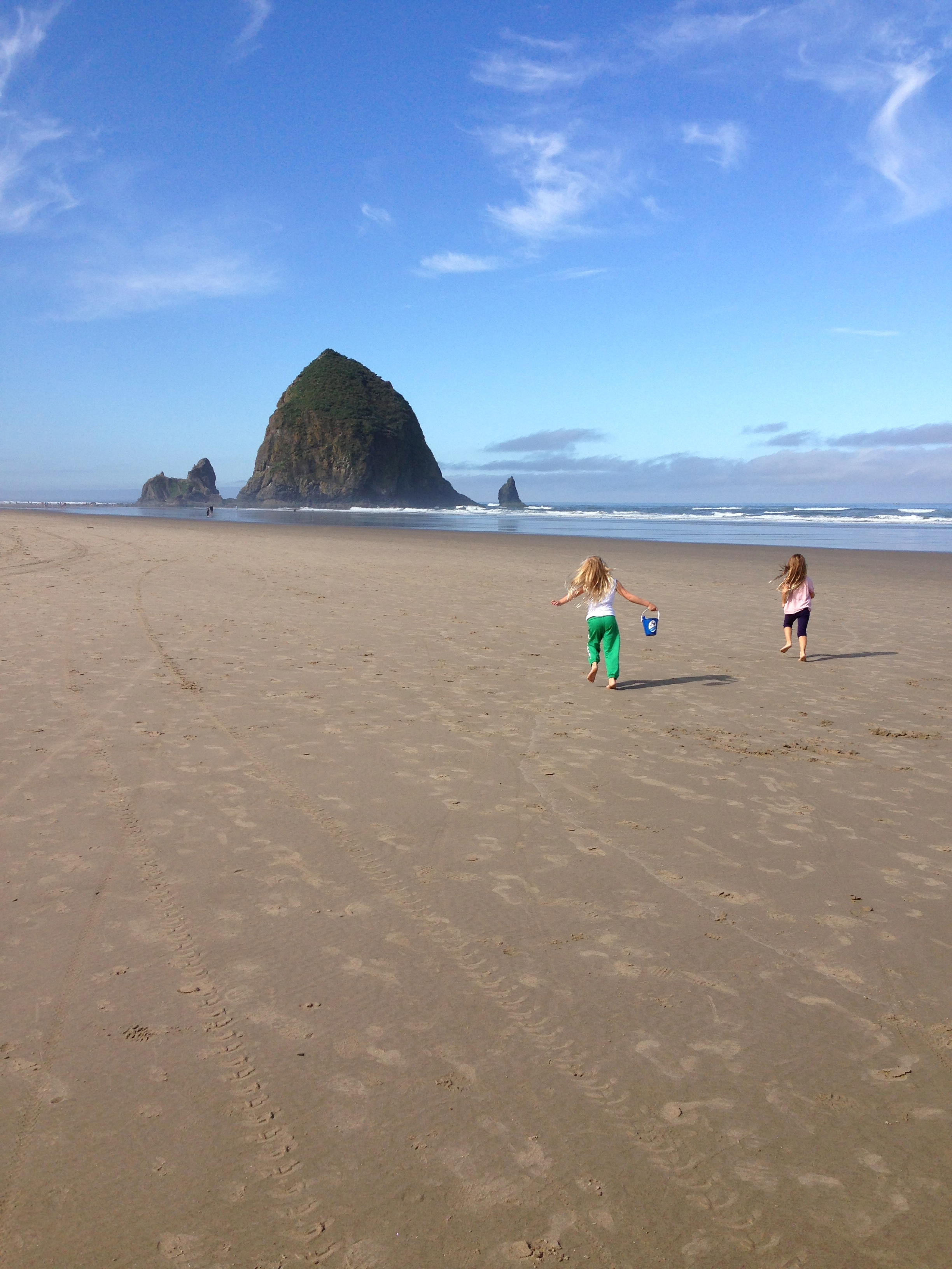 Portland, travel, family trip, traveling with kids, Oregon travel, Cannon Beach, Portland day trip, Haystack rock, Haystack tidepools