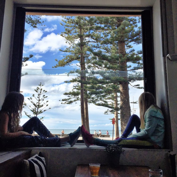 hotel steyne, manely beach australia, eats, runstylish